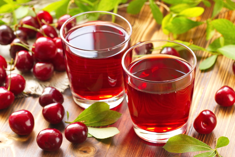 Cold cherry juice with fresh berries